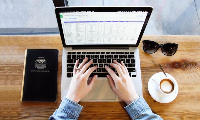 CRM-системи для інтернет-магазину: що це таке і для чого вони потрібні