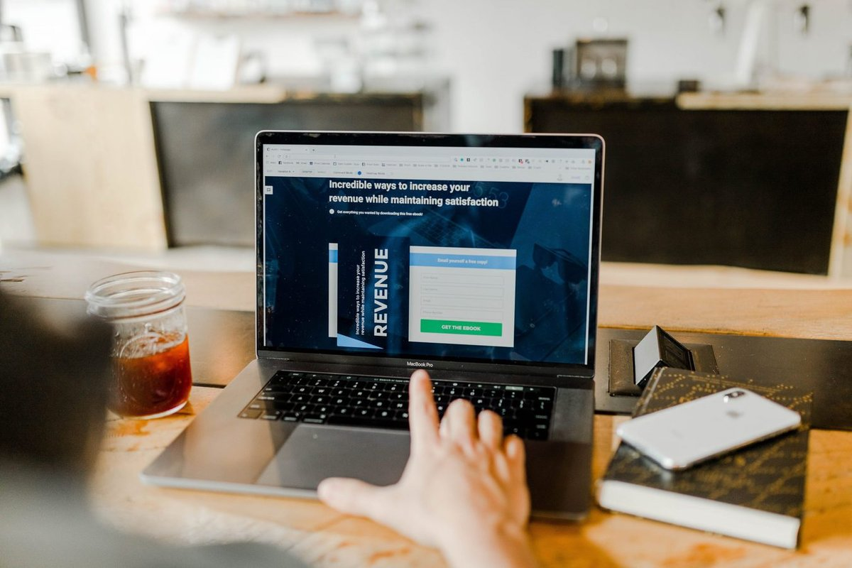 6 простых функций на сайте компании, которые увеличивают продажи